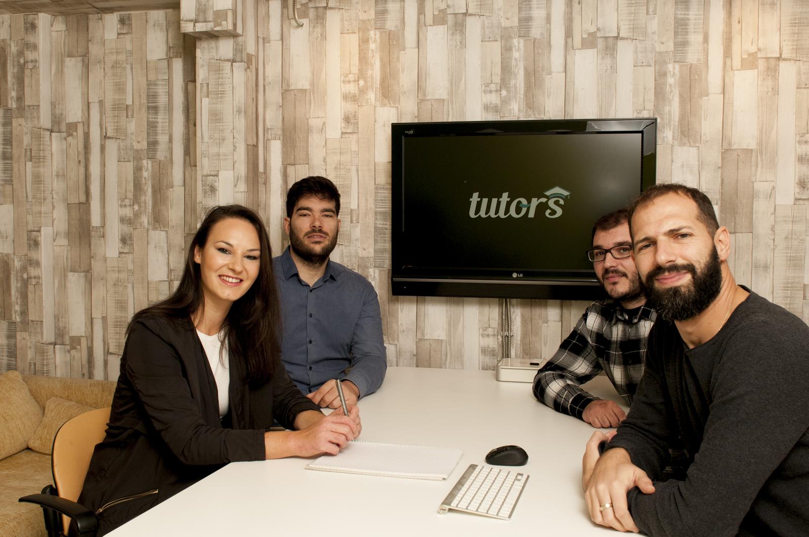 tutors.gr