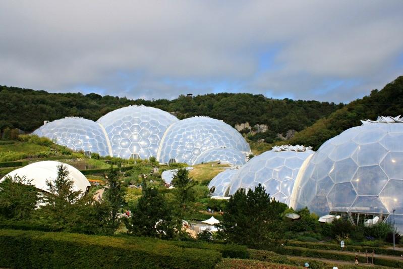 Крытый ботанический сад - «Эдем»