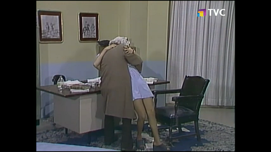 dr-chapatin-apuesta-del-beso-1975-tvc.png