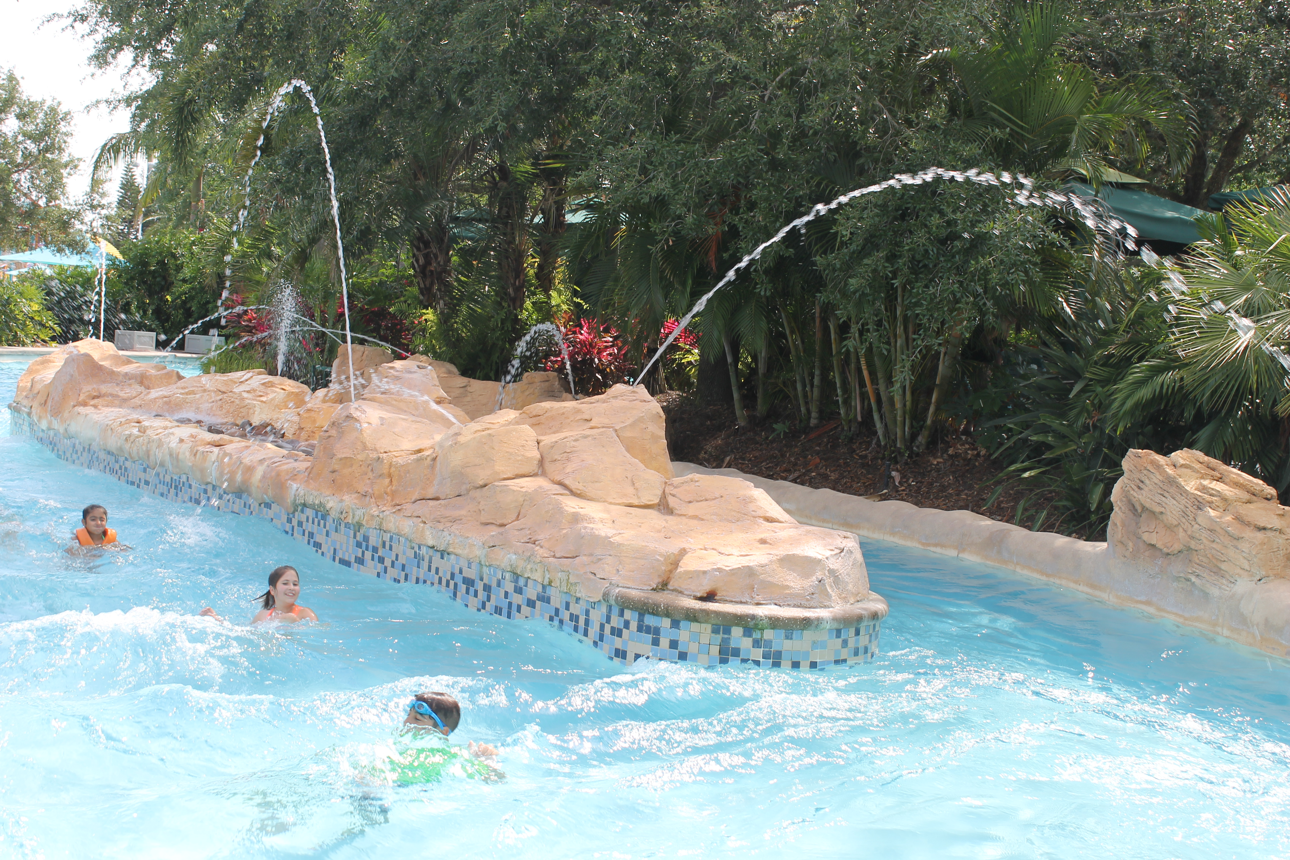 Aquatica lazy river