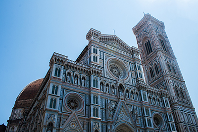 Florence is a beautiful city in Tuscany. But there are so many things to see and do! Here are 7 things to do that will make your stay worthwhile.