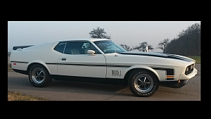 [Image: Mustang_Mach1_wallpaper_300_150.jpg]