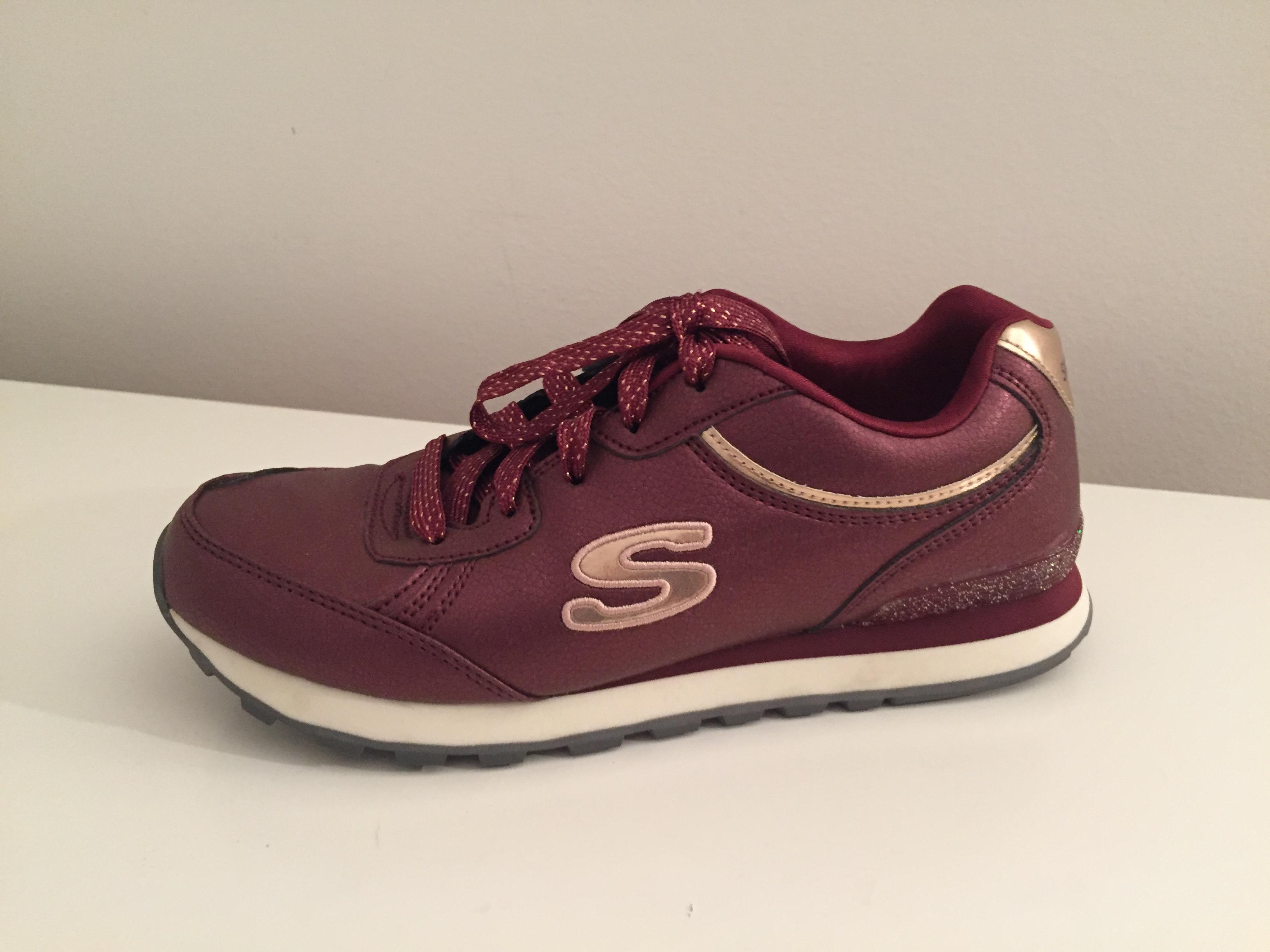 Prodajem Skechers Image
