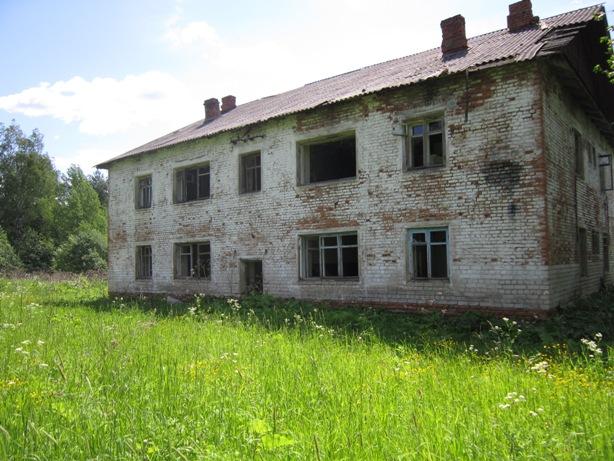 """""""Восьмерка"""" - заброшенный дом в забытой деревне"""
