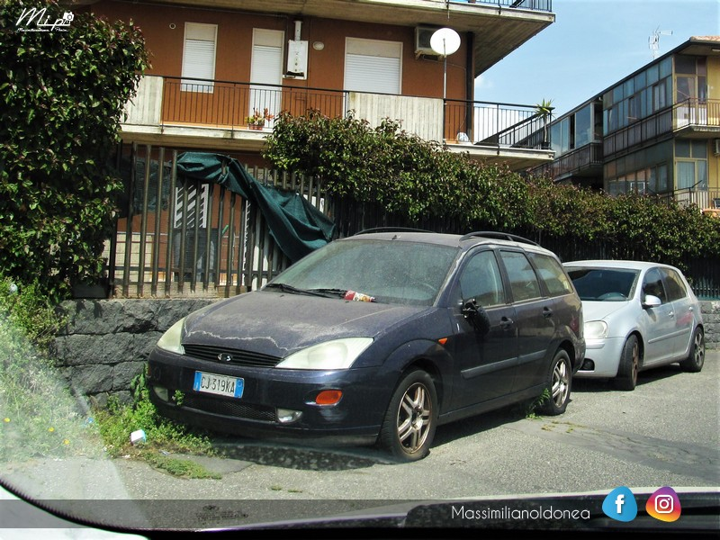 Auto Abbandonate - Pagina 4 Ford_Focus_SW_TDdi_1_8_90cv_CJ319_KA
