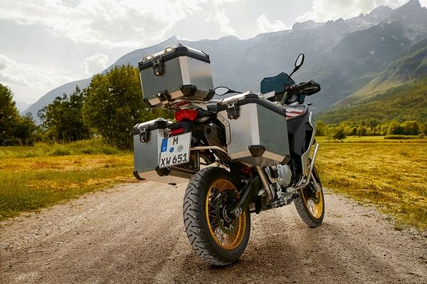 P90327711-low-Res-the-new-bmw-f-850-gs