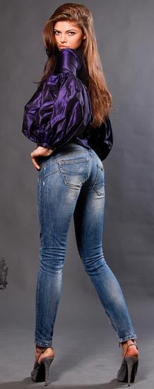femme_tiram_73