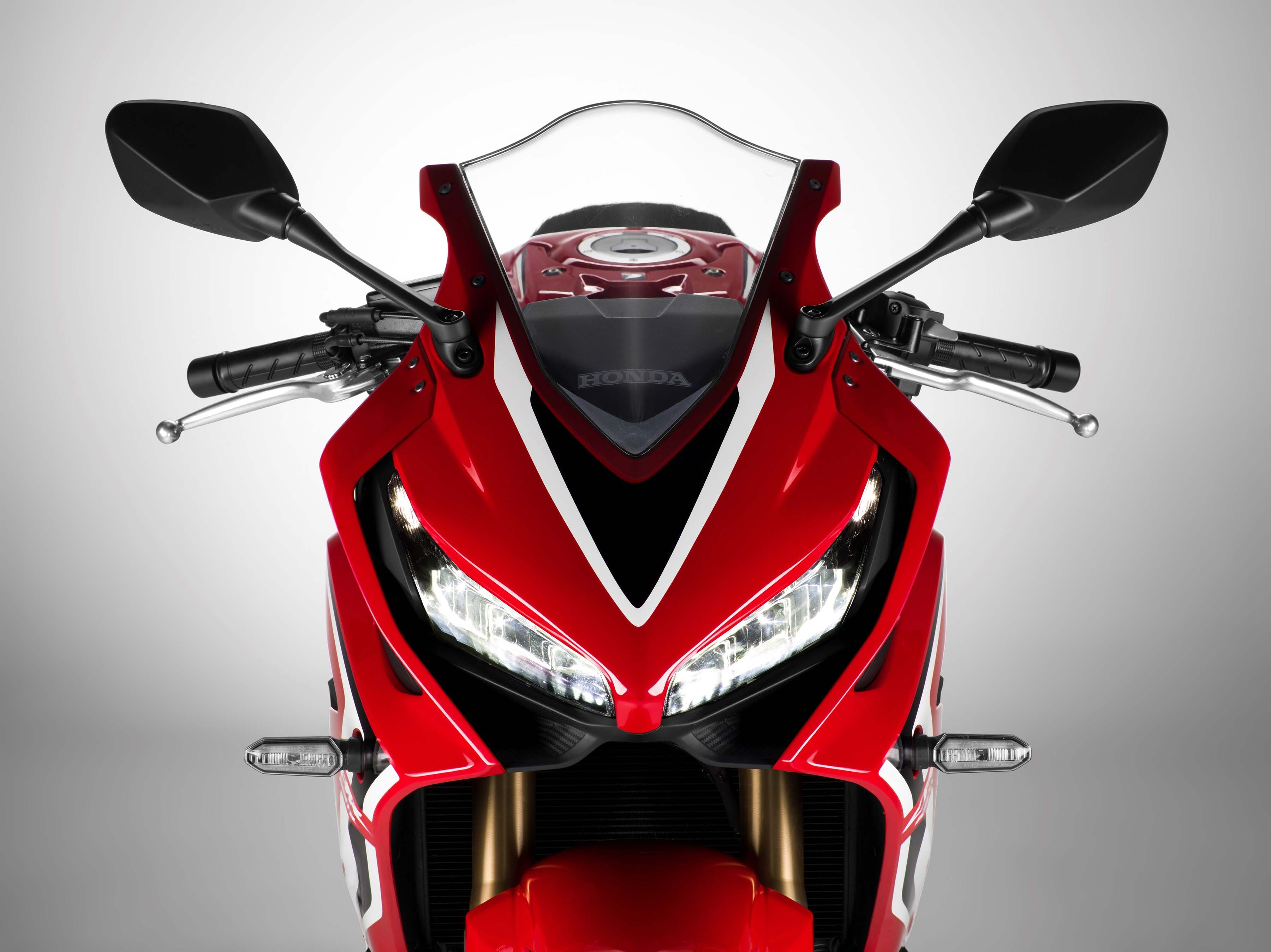 2019-Honda-CBR650-R-06