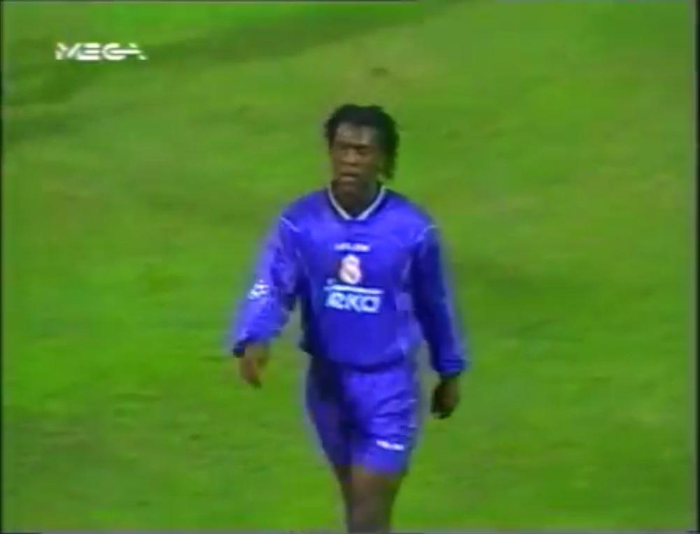 Champions League 1997/1998 - Grupo D - J4 - Olympiacos Vs. Real Madrid (360p) (Griego) Captura_4