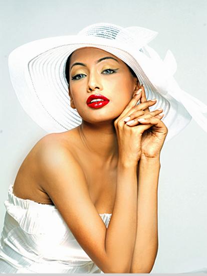 femme_chapeau_tiram_173
