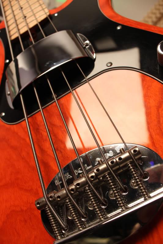 Corpo do PB nascendo, tomando forma. Luthier Clayton Oliveira Orange1