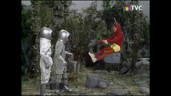 aventuras-en-un-planeta-habitado-por-salvajes-1975-tvc1.png