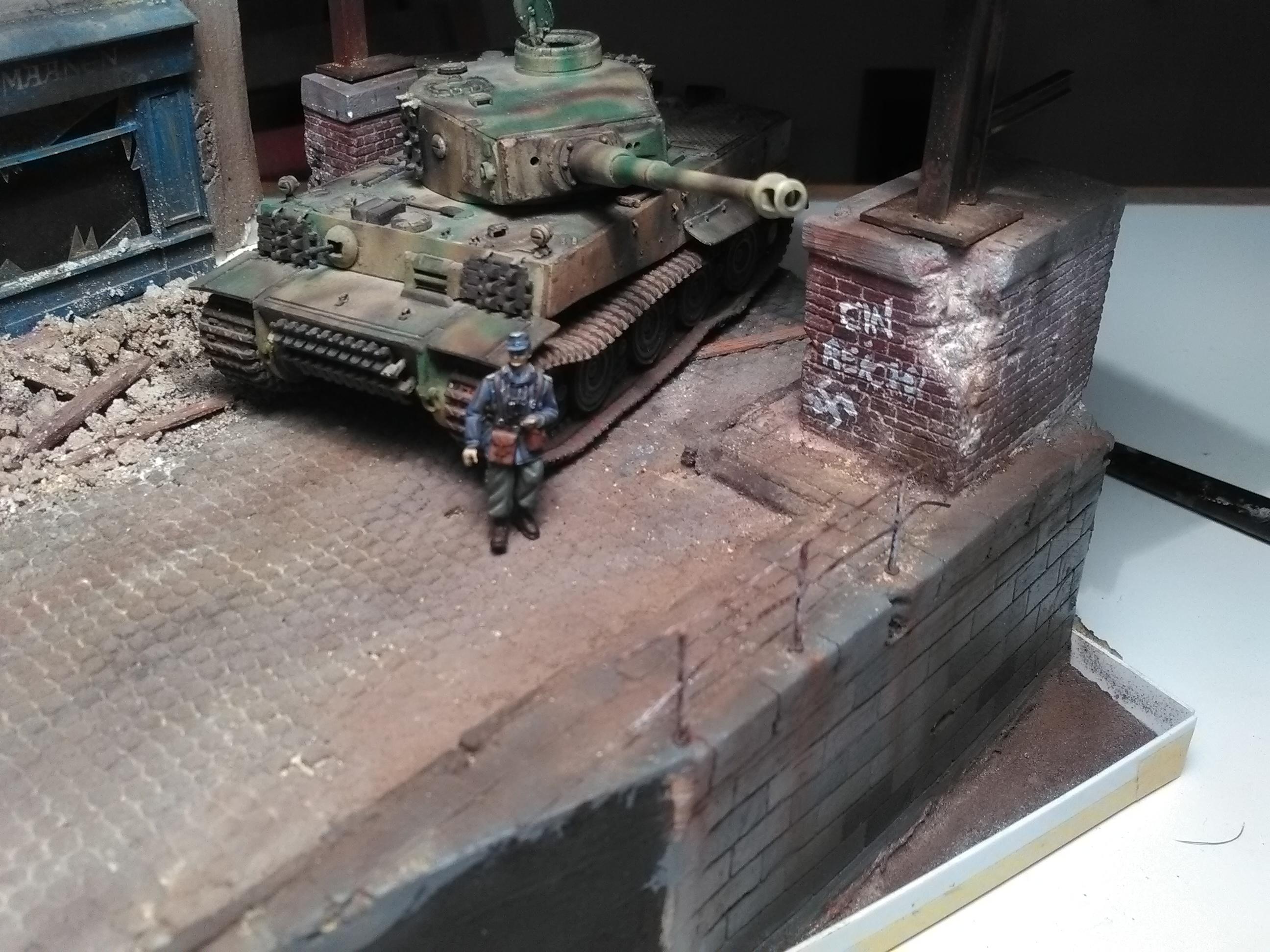 Le Survivant 1/72 - (Tigre 1 Allemagne 1945) - Page 2 IMG_20180312_211222