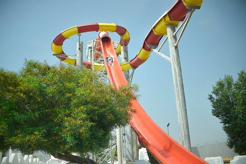 Kamikaze_Slides_at_the_waterpark_in_Ayia_Napa_Cyprus
