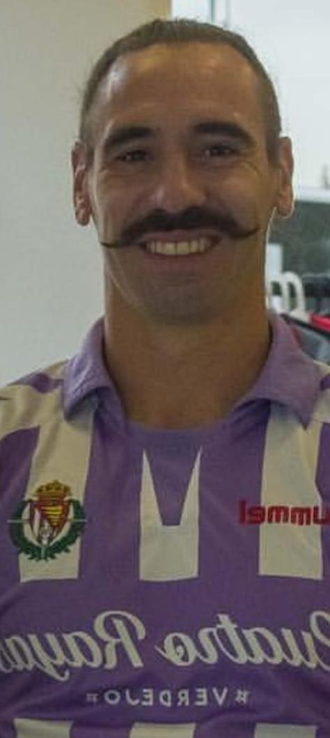 8 BORJA Fernández - Página 55 Moustache