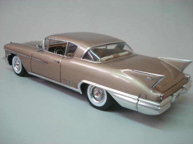 Cadillac Seville 1958 - Arii - 1/24 - Concluido DSC05892