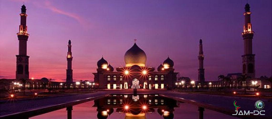 10 Красивейших мечетей у воды