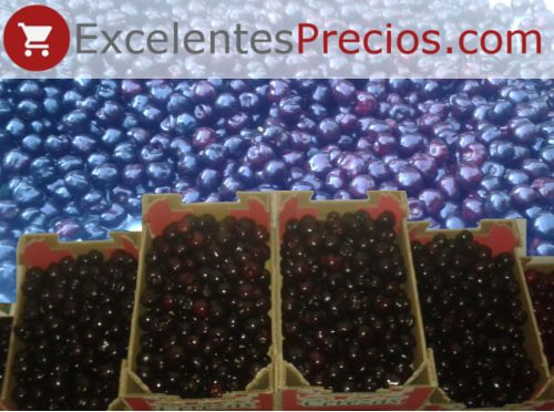 Boxes of 2kg of Black Star cherries