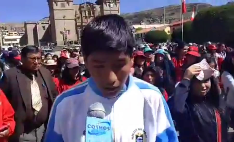 Estudiantes Marchan en Apoyo al paro indefinido del SUTEP PUNO