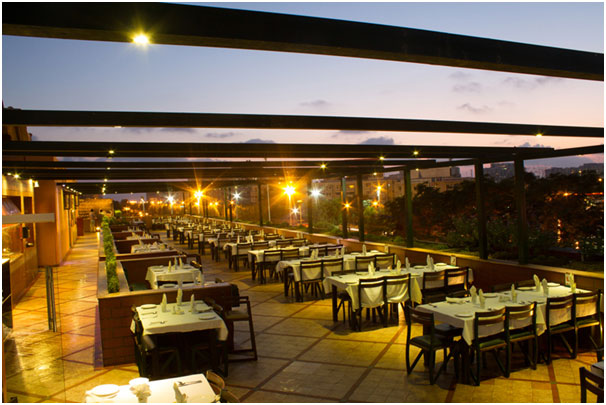 Best_Rooftops_To_Visit_In_Karachi_BBQ_Tonight_Clifton