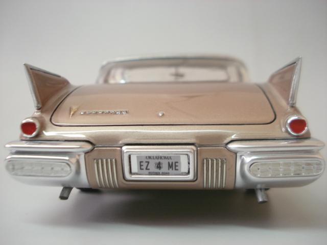 Cadillac Seville 1958 - Arii - 1/24 - Concluido DSC05897