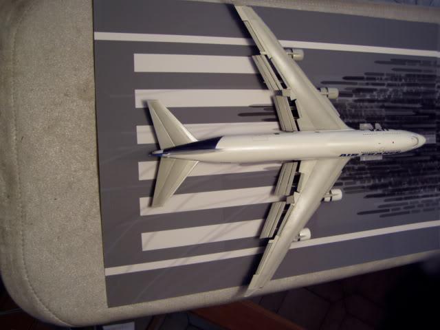 747_400_Back.jpg