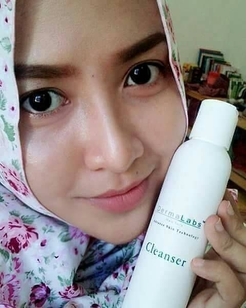 Dermalabs Cleanser Amoorea 1
