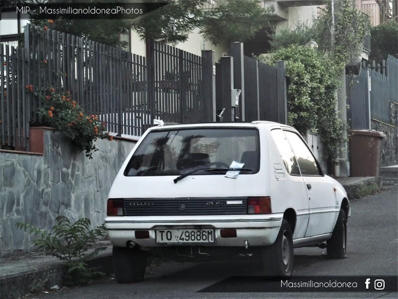 Auto Abbandonate - Pagina 6 Peugeot_205_Best_Company_1_1_54cv_89_TO49886_M_2