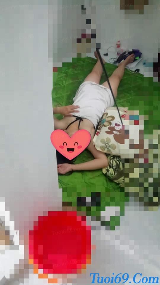 [AVTT] Chụp lén Gấu teen, Cởi truồng khi đang ngủ =))
