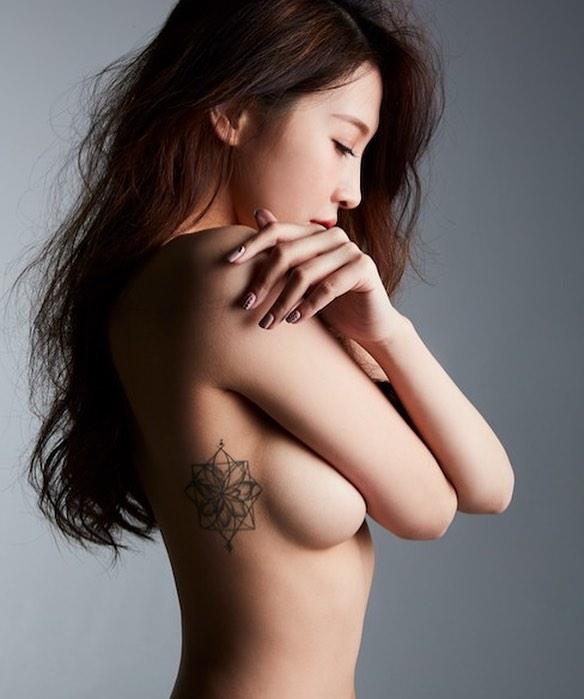 江柔璇-江江超惹火側乳整個露出讓人看了噴鼻血