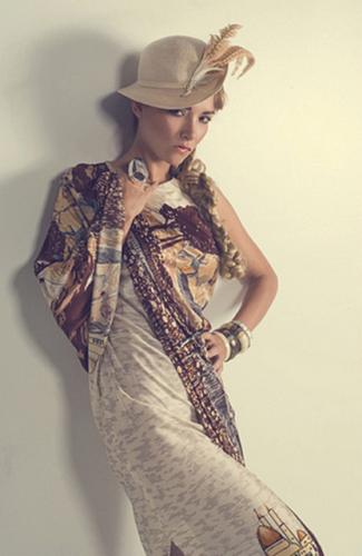 femme_chapeau_tiram_53