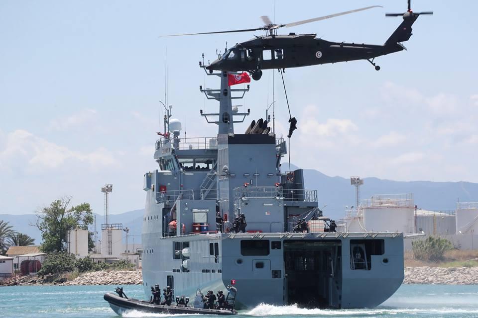 Armée Tunisienne / Tunisian Armed Forces / القوات المسلحة التونسية - Page 14 36285430_1913859802005401_790835751301414912_n