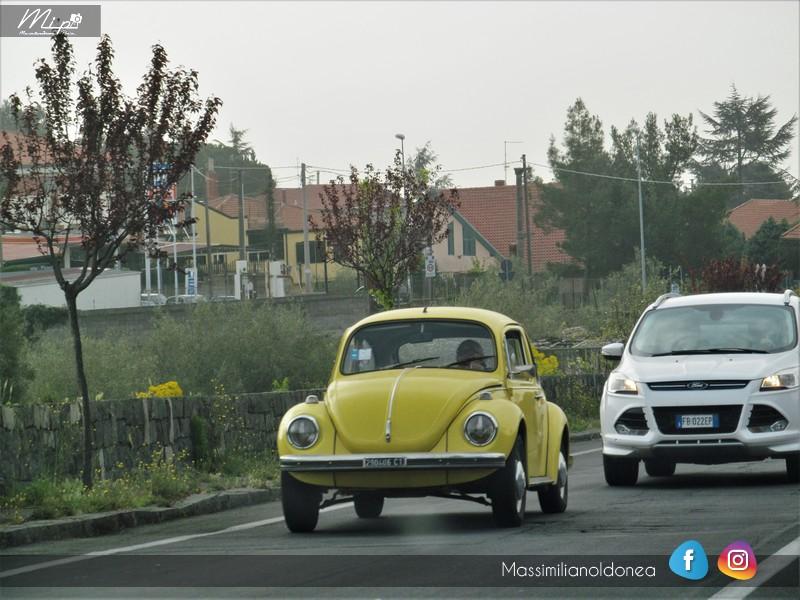 avvistamenti auto storiche - Pagina 20 Volkswagen_Maggiolone_1_2_72_CT290406