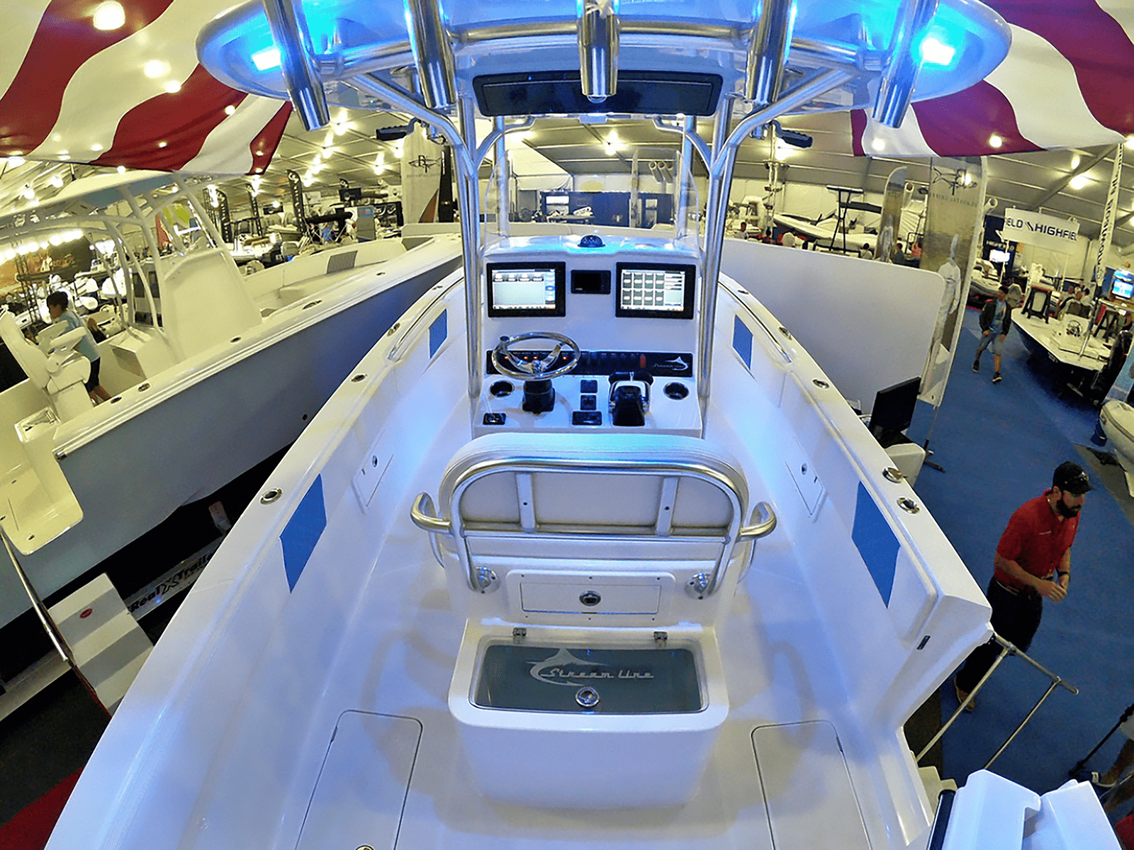 SLB_boat_show_stern_interior_26_ice_blue