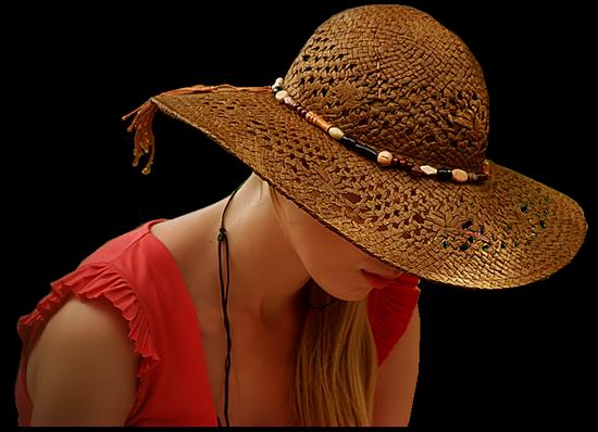 femme_chapeau_tiram_686