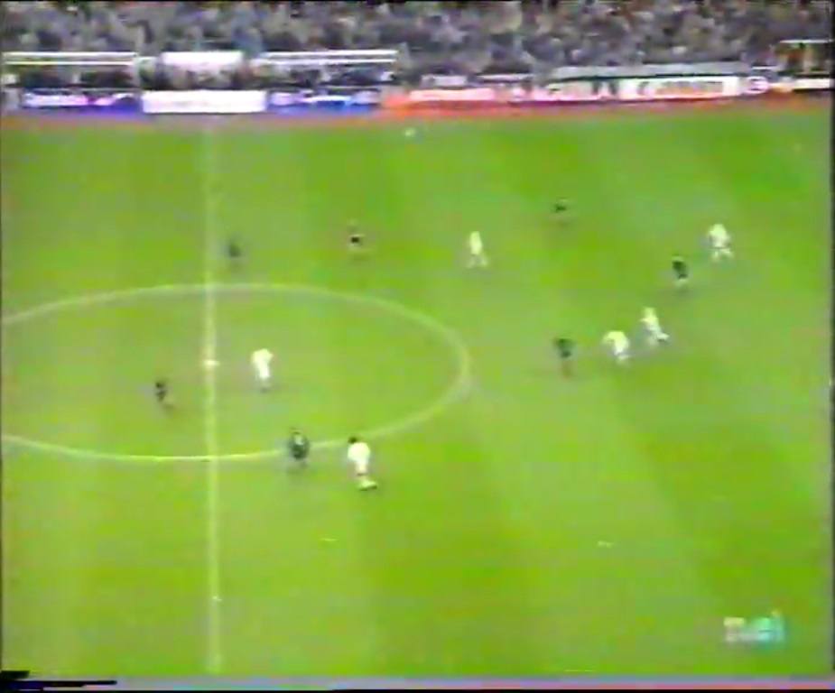Champions League 1995/1996 - Grupo D - J5 - Real Madrid Vs. Ajax (576p) (Castellano) Captura_3