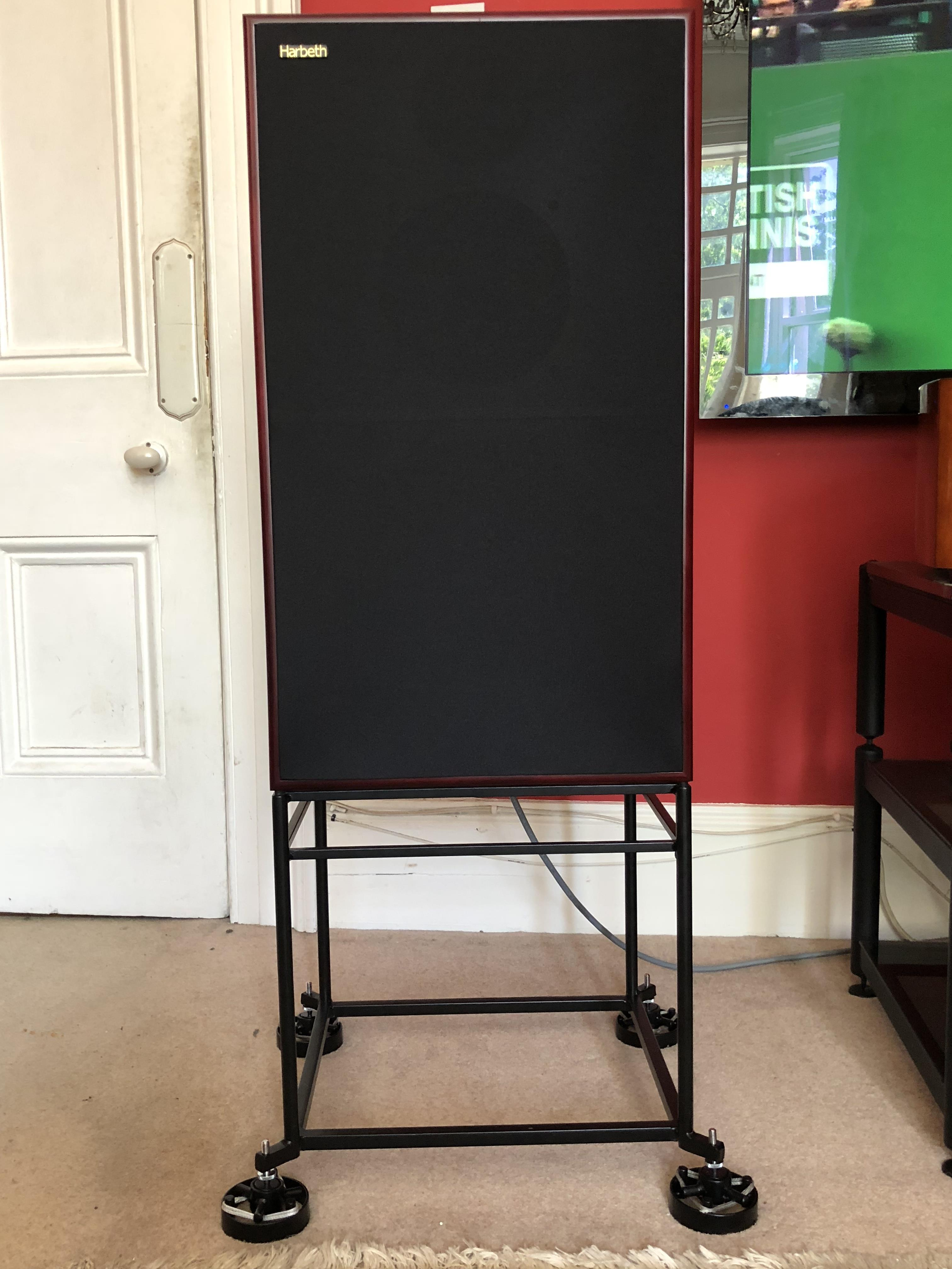speaker_1.jpg