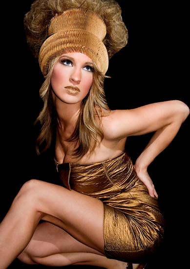 femme_chapeau_tiram_976