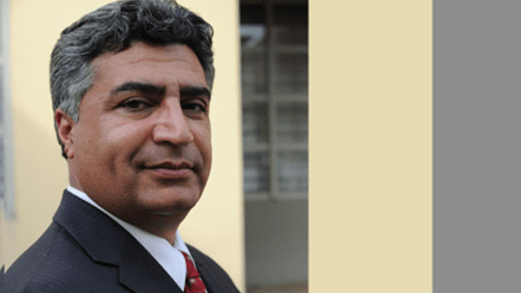 د خلیلزاد او طالبانو خبري: موقت حکومت، عبدالستار سیرت