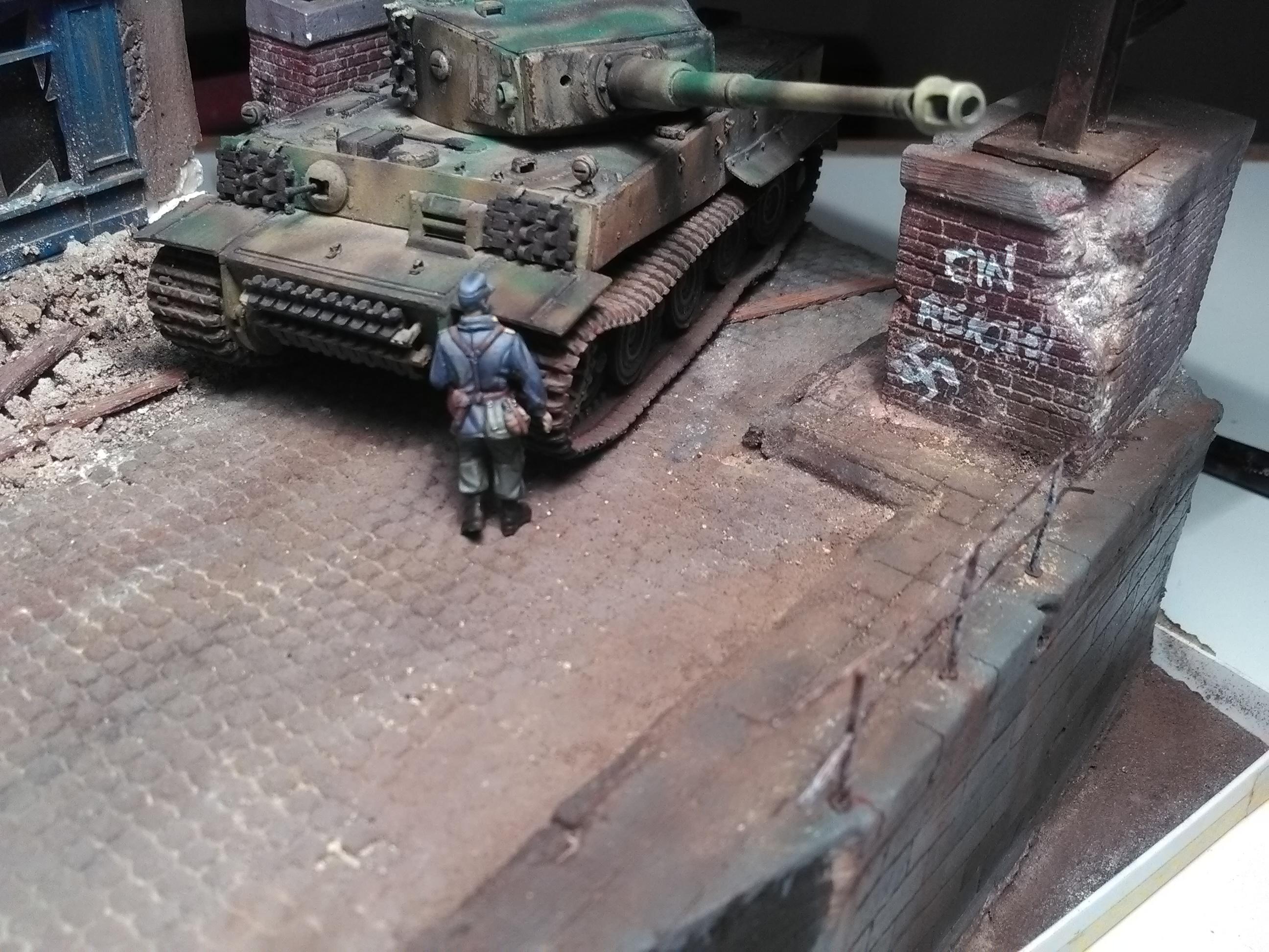 Le Survivant 1/72 - (Tigre 1 Allemagne 1945) - Page 2 IMG_20180312_211236