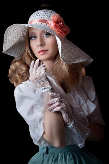 femme_chapeau_tiram_607