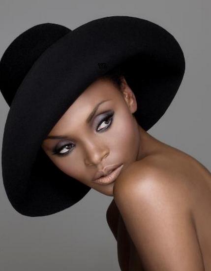 femme_chapeau_tiram_142