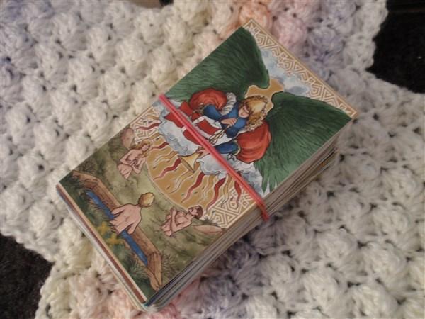 Nako-Angel-blanket-stitch-005.jpg