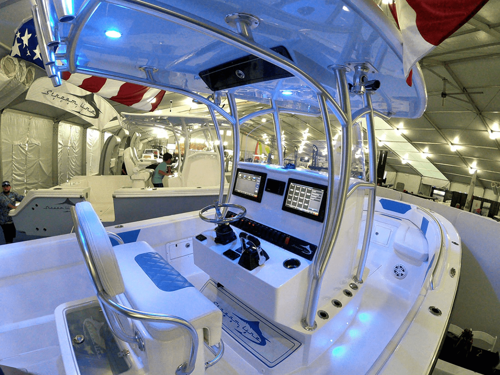 SLB_boat_show_port_console_26_ice_blue