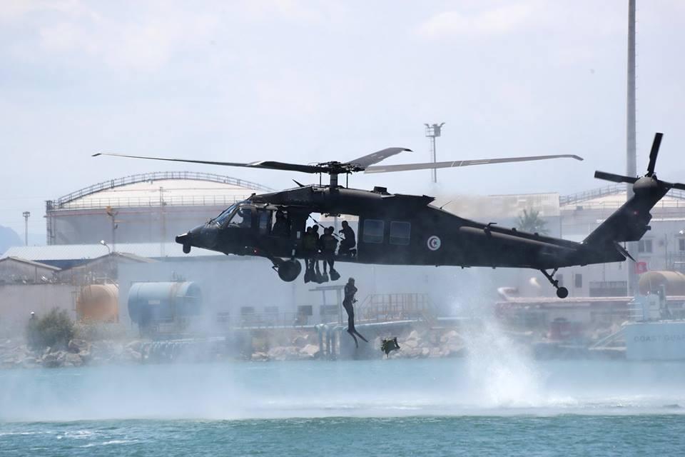Armée Tunisienne / Tunisian Armed Forces / القوات المسلحة التونسية - Page 14 36002465_1913859605338754_5948258104113102848_n