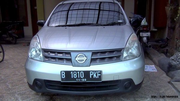 photo_jual_mobil_bekas_grand_livina_sv_manual_2010
