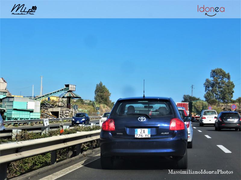 Avvistamenti di auto con un determinato tipo di targa - Pagina 18 Toyota_Auris_ZA776_YC_3