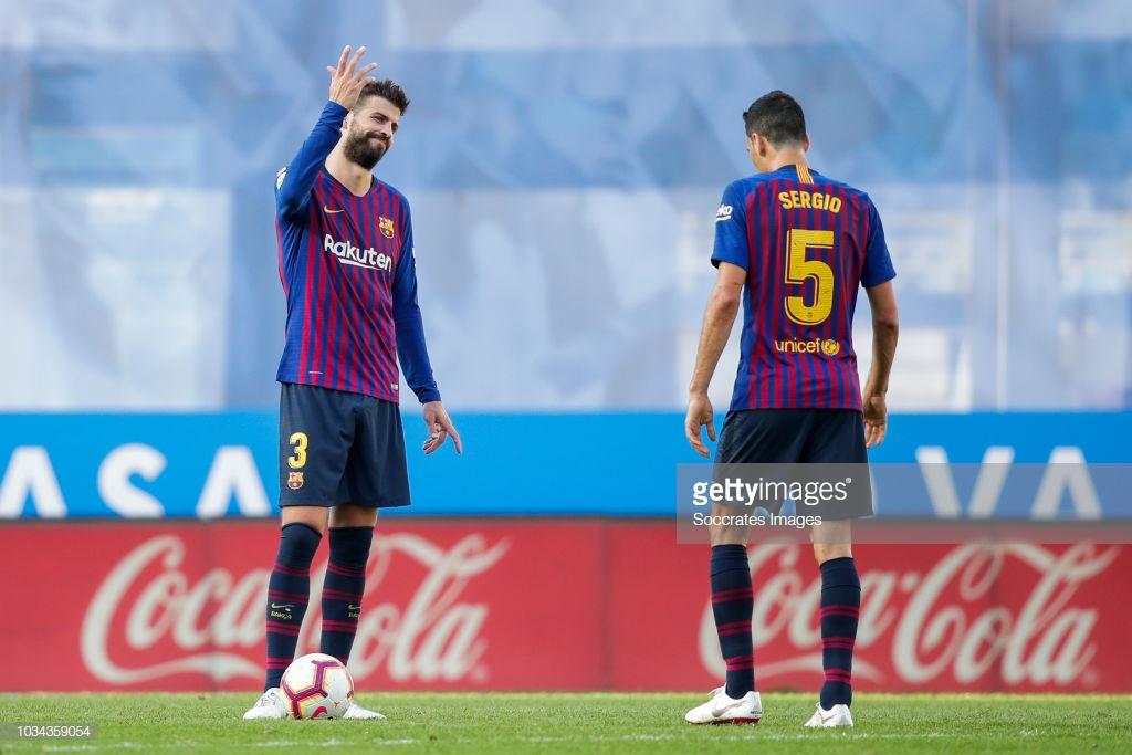 صور مباراة : ريال سوسيداد - برشلونة 1-2 ( 15-09-2018 ) P6