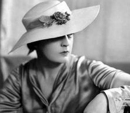 femme_chapeau_tiram_164