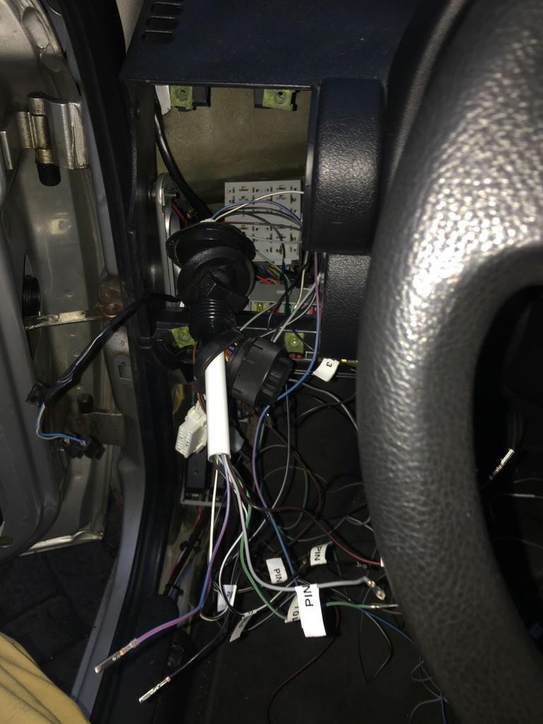 Doorvoeren_kabels_bestuurderszijde